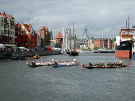 Gdansk dragon boats competition.jpg