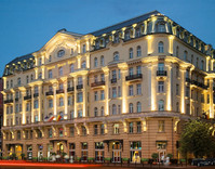 Polonia Palace Hotel fasada.jpg