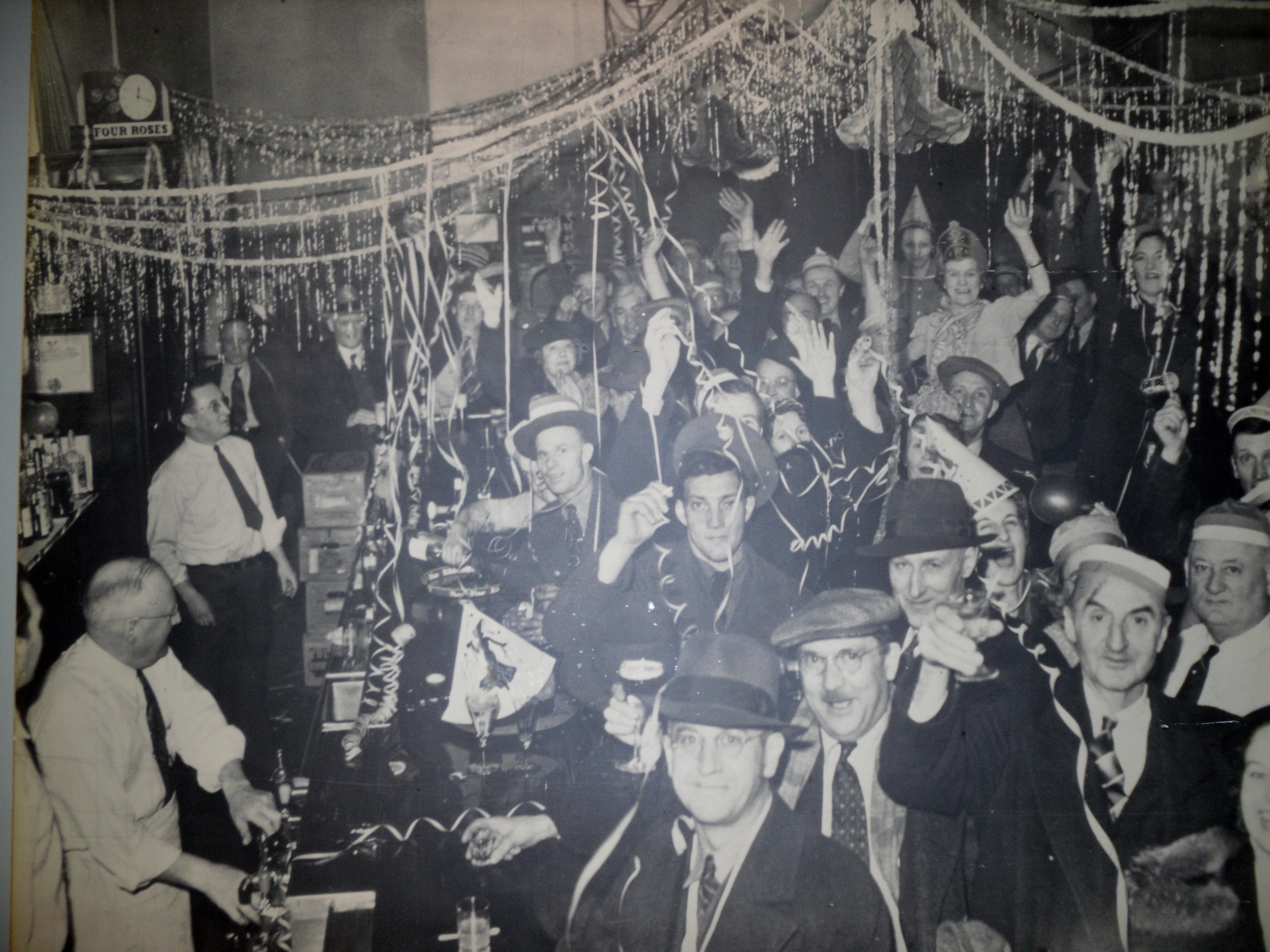 1933 NYE party