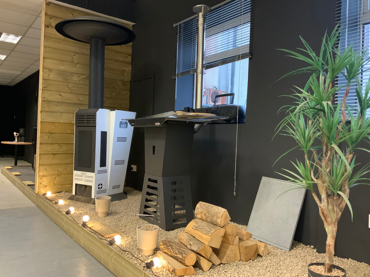 Wood pellet bbq and heater