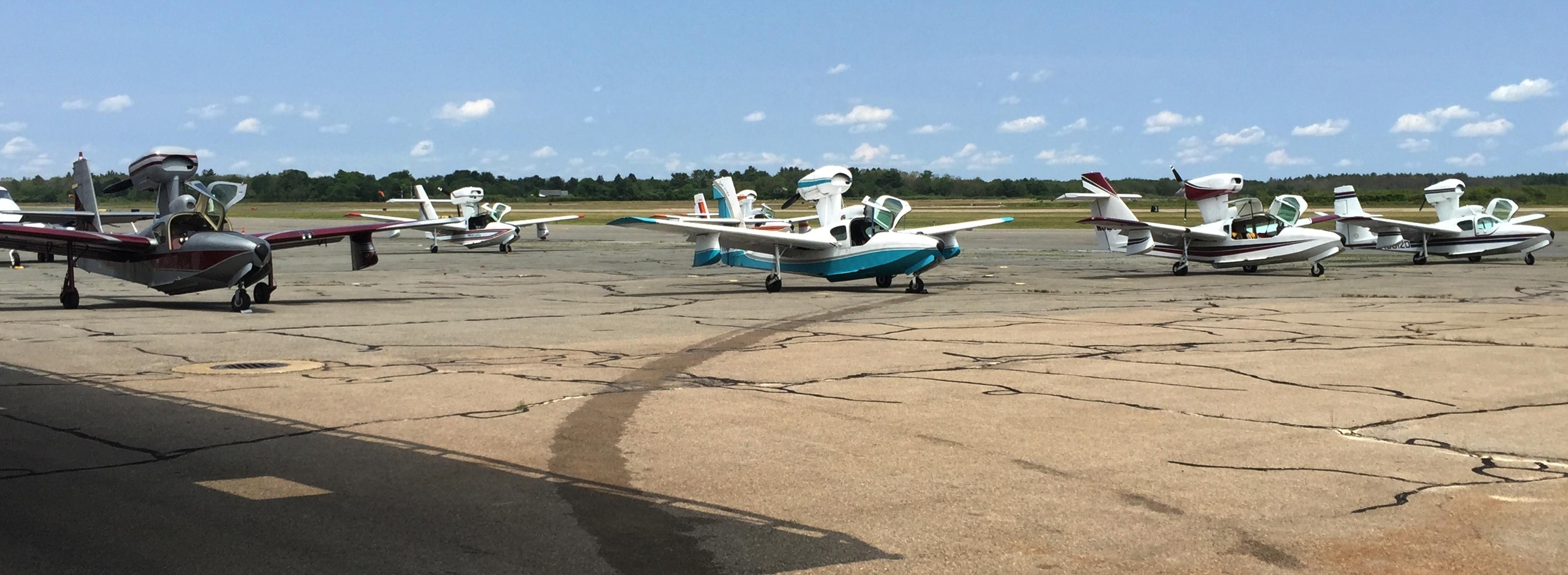 Lake Aircraft Fly In at EWB