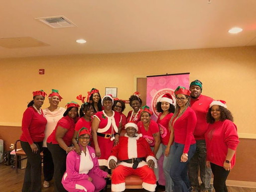 Silver Santa w/ the senior residents of The La Hacienda Rehabilitation Center--Volunteering with the
