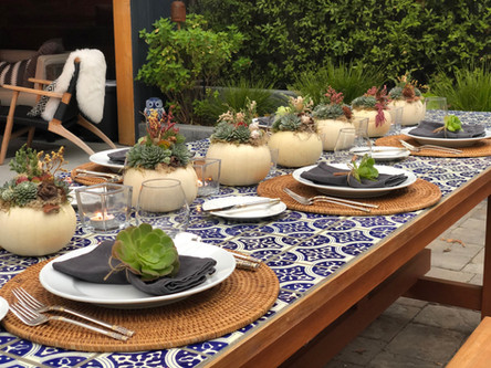 7 Simple Tips to Set Your THANKSGIVING TABLE Like a Stylist