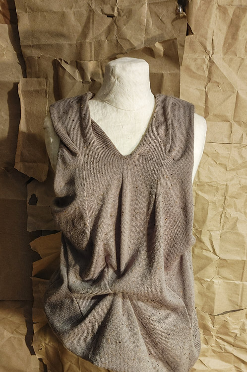 Putty V-neck Pin-Tucked Wool Vest