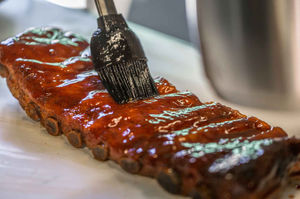 Sizzle Brothers Spareribs Vom Gasgrill : Saftige spareribs methode fall of the bone spare ribs