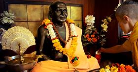 Sv_Tilak_mahasamadhi_cover.png