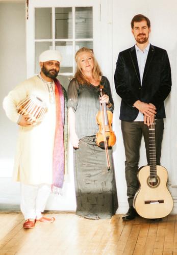 Simon Thacker's Svara-Kanti- trio.j