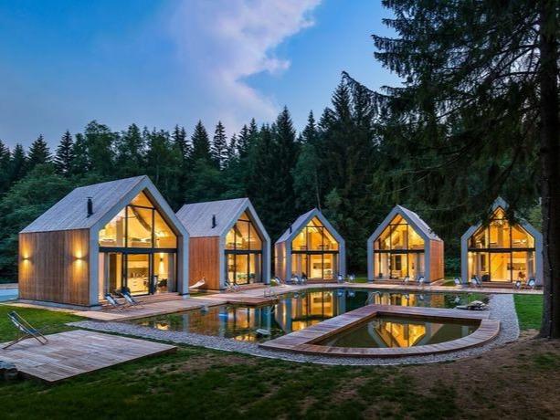 barn house doubles