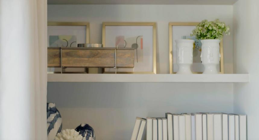 Bedroom Shelf Detail