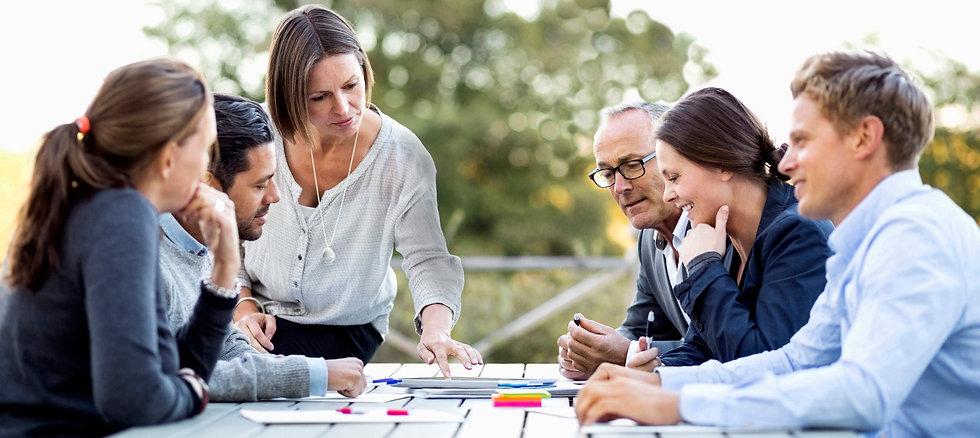 Företagsutbildning och hållbar ledarutveckling med Resultatbolaget