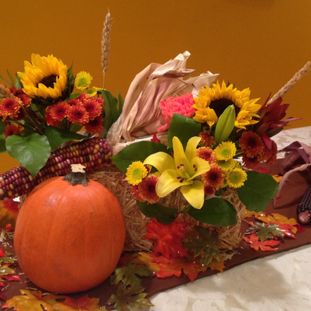 Epicurean Delights DIY Thanksgiving Table