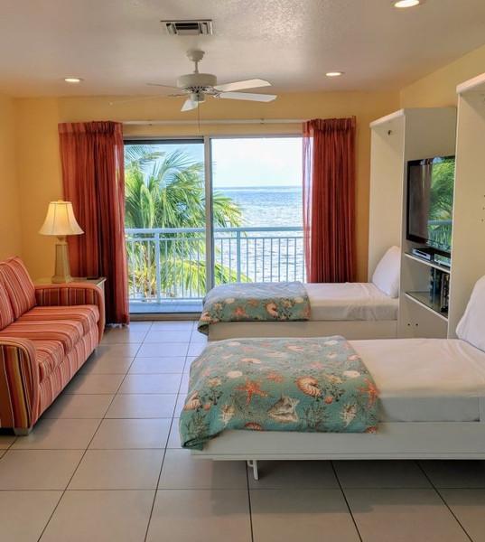 Murphy-Beds-Two-Bedroom-Ocean-CP-x20001572639650.jpeg