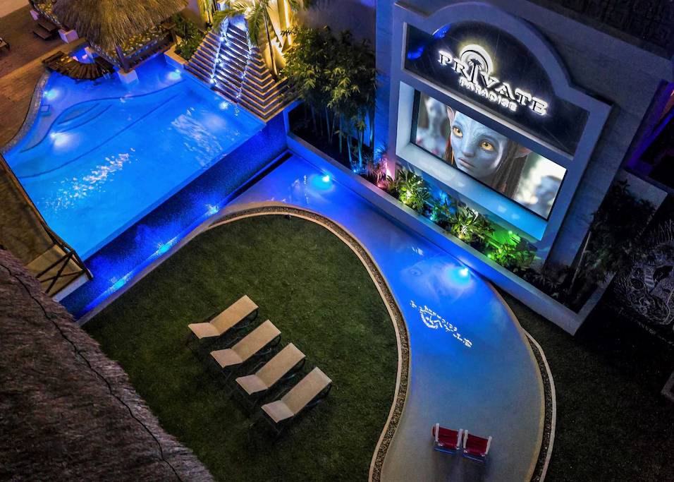Private paradise wading pool theatre.web