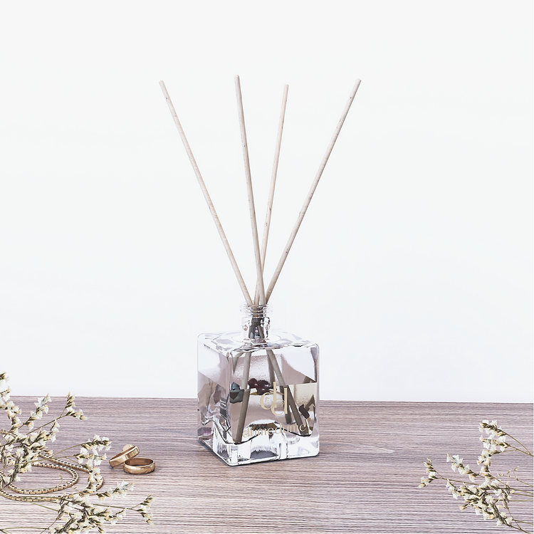 Dume Dume Reed Diffuser.png