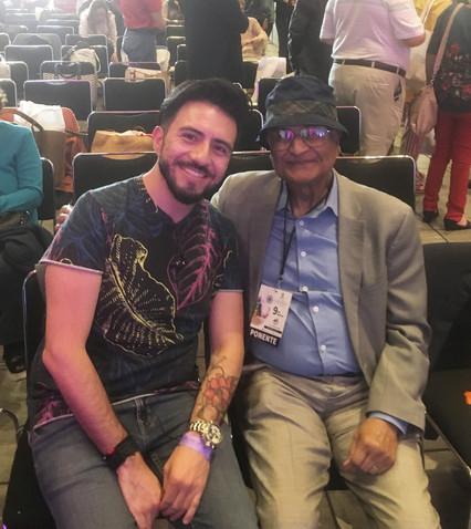 Mike Aryan con Amit Goswami