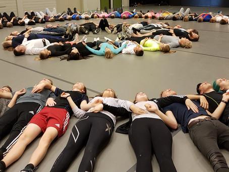Teaterkurs med 100 elever!