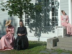 """""""Kvinnene i maleriet"""" en teatertableau med Tonje Kvasbø Bakken, Gro Ann Uthaug og Mai Elin Løkken"""