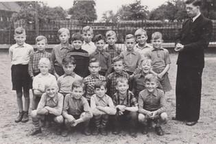 1956-3e klas-meester Frenken