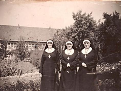 Een terugblik………3 zusters Van den Beuken