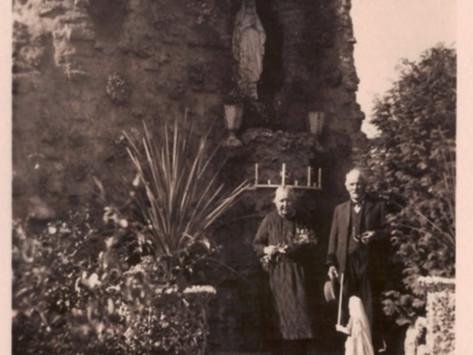 Een terugblik………de Lourdesgrot bij het klooster