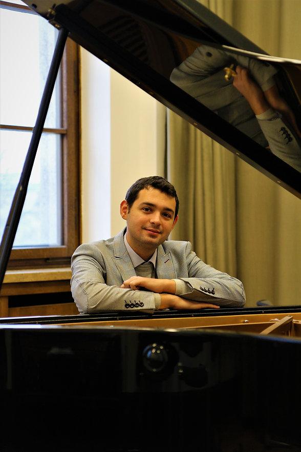 Online Piano Teachers