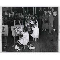 1955 Press Photo Elizabeth Saunders Home
