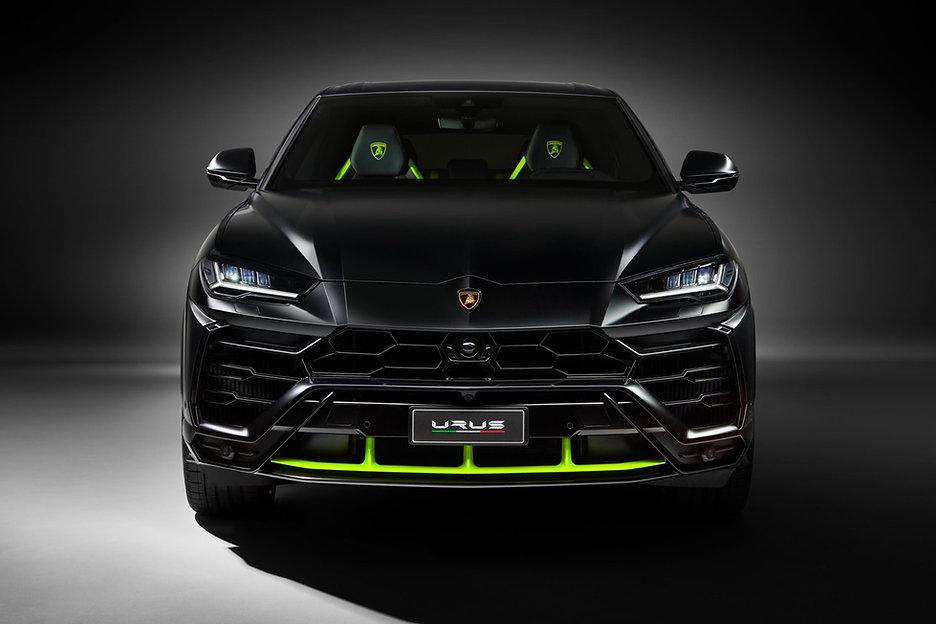 Lamborghini-Urus-Graphite-Neon-(1).jpg