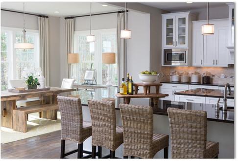 Westfall Regent - Kitchen overlooking Breakfast Area