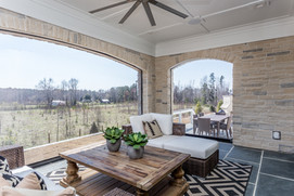 Outdoor Living to Outdoor Dining