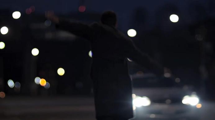 In Return - Trailer (Temp).mp4.00_01_32_