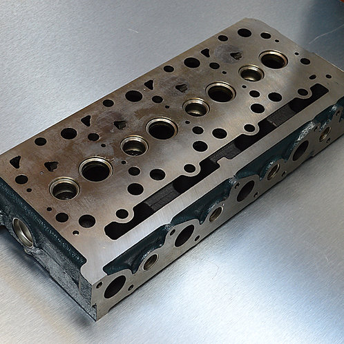 Cylinder Head V2203 Engine
