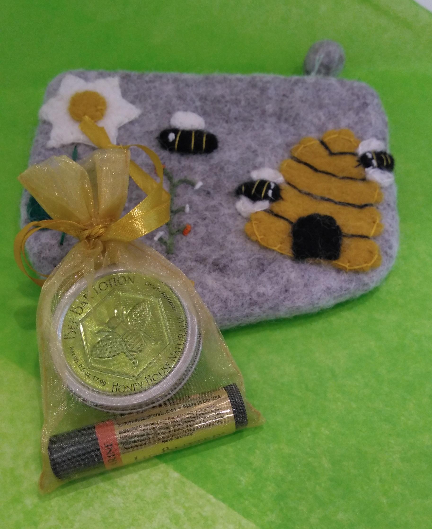 Mini Bee Purse Kit - $31.90