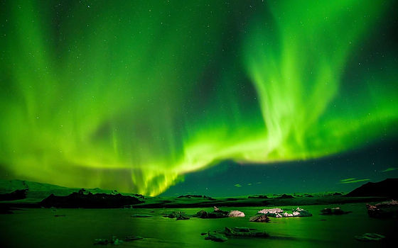iceland-northern-lights-AIRGAME1216.jpg