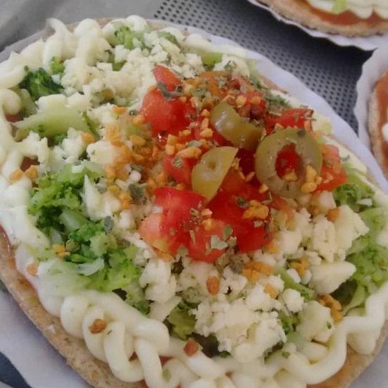Mini pizza low carb de brócolis, requeijão e mussarela -180g