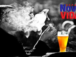 Você bebe. Você fuma. E eles enriquecem