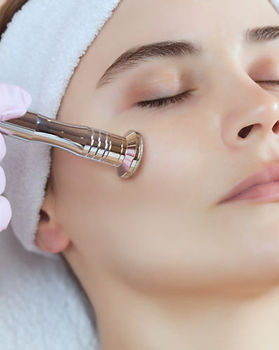 Mirror-Is-Microdermabrasion-Worth-It-e15