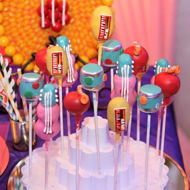 Music themed  cake pops #njcakes #cakepops  #musiccakepops  #musicthemedcakepops #musicthemedparty #