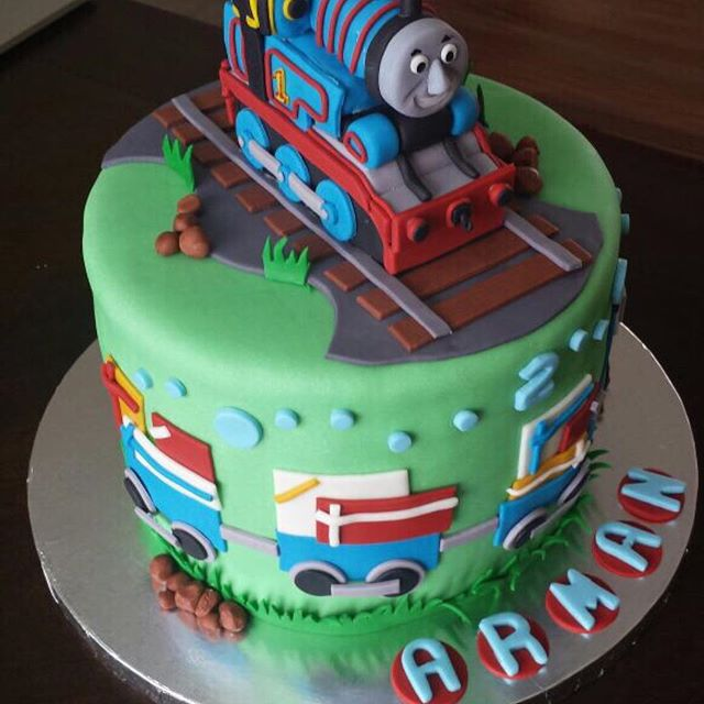 #thomascake #thomastheenginecake #birthdaycakes #cakes #southbrunswick #nj #njcakes #customcakes