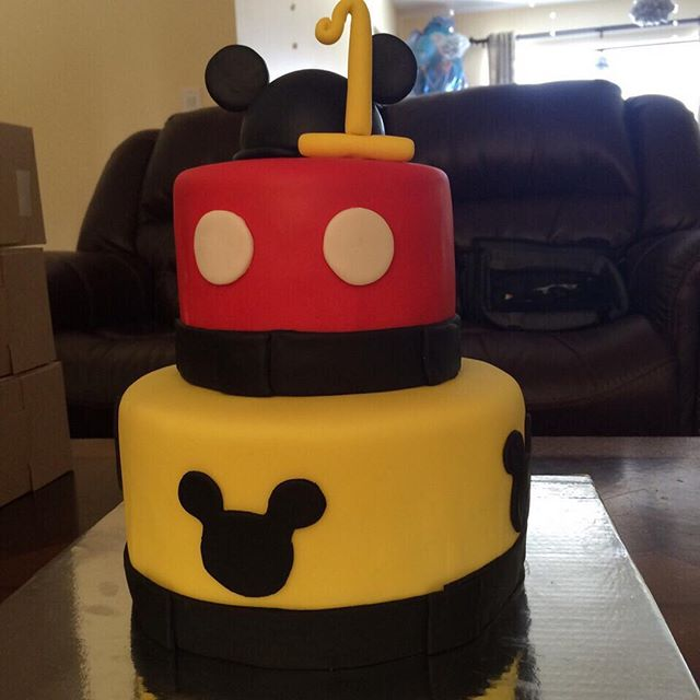 #customcakesnj #southbrunswick #dayton #customcakes #nj #birthdaycakes  #birthdaycake #mickeymouseca