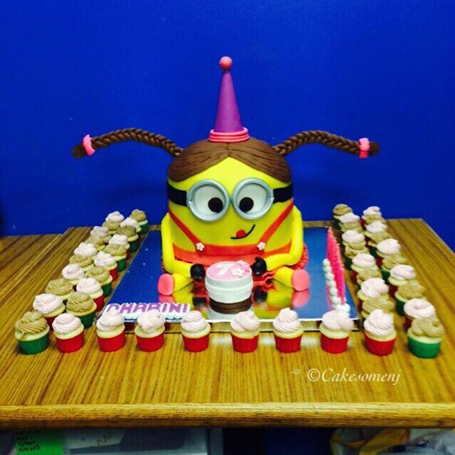 #minioncake #birthdaycake #minicupcakes #southbrunswicknj #cakesnj