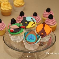 #njcakes #southbrunswick #fondantcake #cupcakes #india #yoga #cricketcupcakes #peacock #sitar