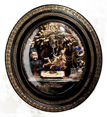 saynète sous verre bombé, reliquaire, cabinet de curiosités modern, skeletons, love
