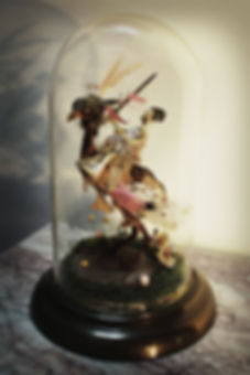 Cabinet of curiosities, bird taxidermy art, glassdome, globe de mariée, curiosités