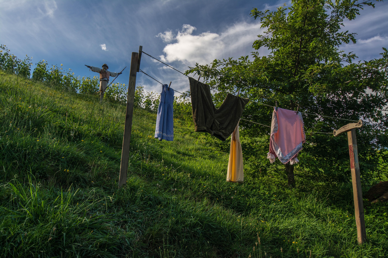 Hobbiton laundry line