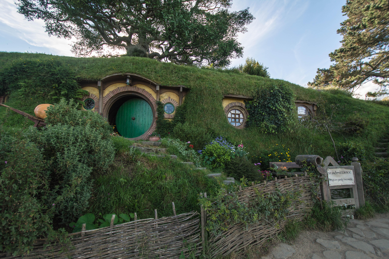 Hobbiton green door