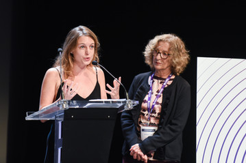 Rebecca Amsellem (fondatrice de la newsletter féministe Les Glorieuses et membre du jury), et Andrea Cohen (Scam)