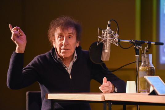 """Enregistrement public : """"Tracké"""" (Deezer Originals) Stéphane Basset reçoit Alain Souchon"""