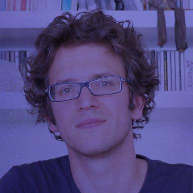 Jury | Après un DEA « Cinema Television » en 2004, Antarès Bassis, réalise en 2007/10, deux moyens métrages, plusieurs fois primés, en France et à l'étranger. « L'Emploi vide » et « Porteur d'hommes ». En 2015, il co-crée avec Sophie Hiet, la série d'anticipation 6x52, « Trepalium » pour Arte et Kelija, sur une ville divisée par la souffrance au travail et le chômage massif (diffusée sur Netflix et Sundance Now). En 2017, il co-réalise avec Pascal Auffray, pour FR3 et TS Produtions, le  documentaire « En équilibre », FIPA d'Or du documentaire national en 2018. Il vient de réaliser son premier long-métrage documentaire « La Ville Monde », produit les Films du Balibari, Stenola, Fr3 et la RTBF. Aujourd'hui Antarès Bassis, poursuit son développement de projets de série, de cinéma et de documentaire.