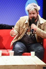 Victor Bonnefoy (réalisateur)  Écoute collective en avant-première : L'Employé (Spotify)
