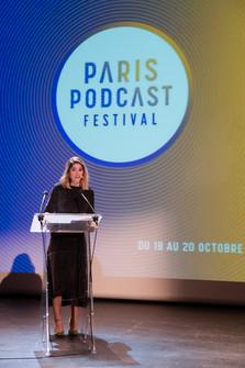 """Sarah Treille Stefani, maîtresse de cérémonie (comédienne, autrice du podcast """"Frootch"""")  Cérémonie de clôture, dimanche 20 octobre 2019"""